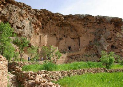 maroc-liberte-taliouine-falaise-600