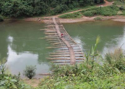 laos-pont-bambou-600