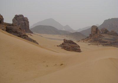 algerie-djanet-montagne-800